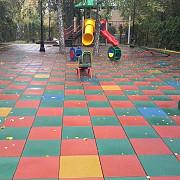 Резиновая плитка для детских игровых комплексов. Бровари