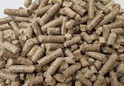 Топливные гранулы,пеллеты (8мм) сосновых порд дерева 2800грн./т Рівне