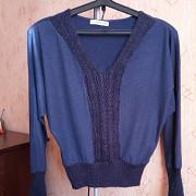 Пуловер трикотажный 46 р Гайворон