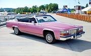 Ретро автомобиль Cadillac Fleetwood cabrio Киев