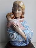 Фарфоровая скульптура Мария с ребенком EDNA HIBEL - KAISER Львів