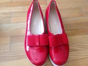 Продав взуття Луцьк