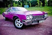 Ретро автомобиль Buick Le sabre розовый Київ