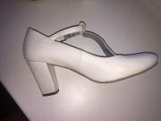 Туфлі шкіра білі жіночі Сокаль