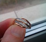 Обручальное кольцо с камнями Красилів
