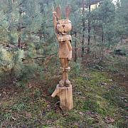 Скульптура заяць Маневичі