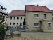 В ФРГ - недорогой, городской дом в городке под Лейпцигом Київ
