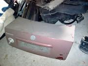 продам кришку багажника седан пасат б5 Яворів